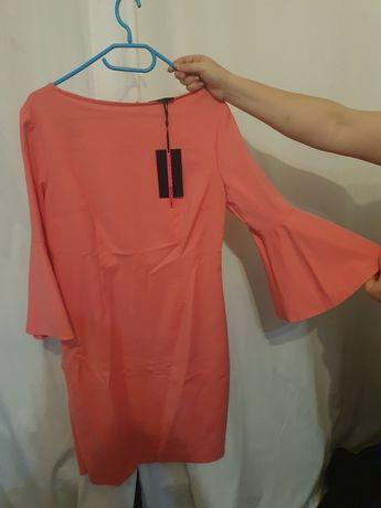Sukienka nowa brzskwiniowa Mochito  r