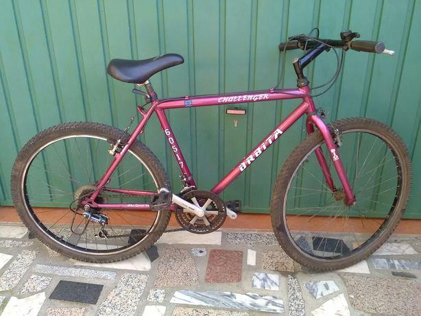 Bicicleta para homem usada marca Órbita roda 26 com mudanças