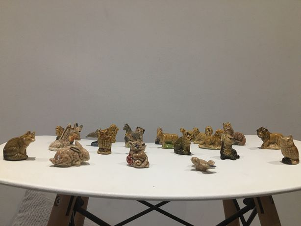 Sprzedam ceramiczne figurki firmy Wade 31 szt. (24 zwierzątka i 7 mnic