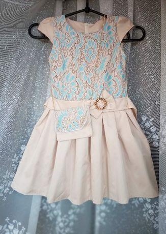 платье с сумочкой на 6-7 лет, 650 руб