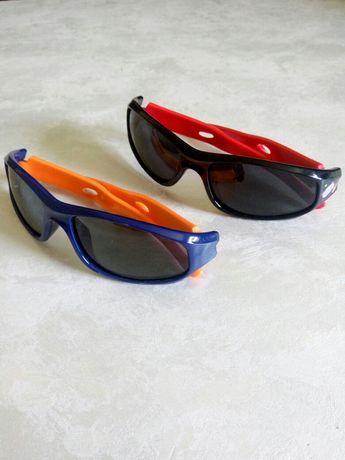 Дитячі сонцезахисні окуляри з гнучкою оправою