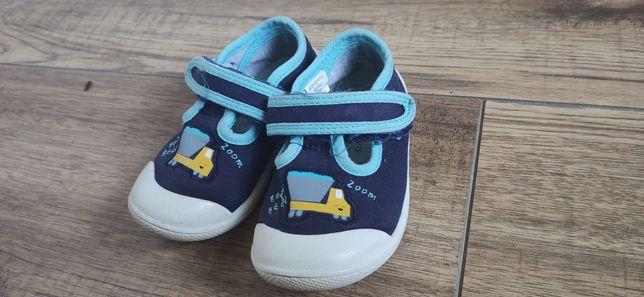 Buty sandały kapcie trampki George