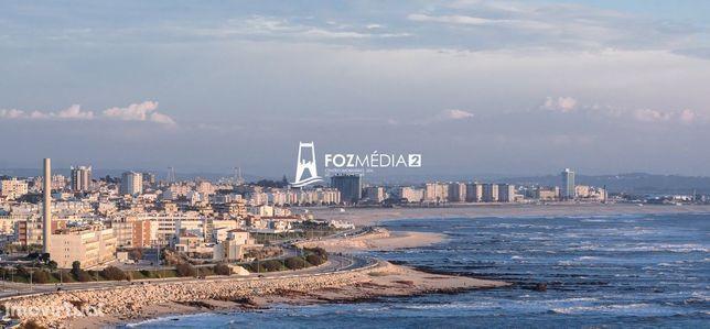 Vende-se apartamento T2 com aparcamento a 200 mts da praia