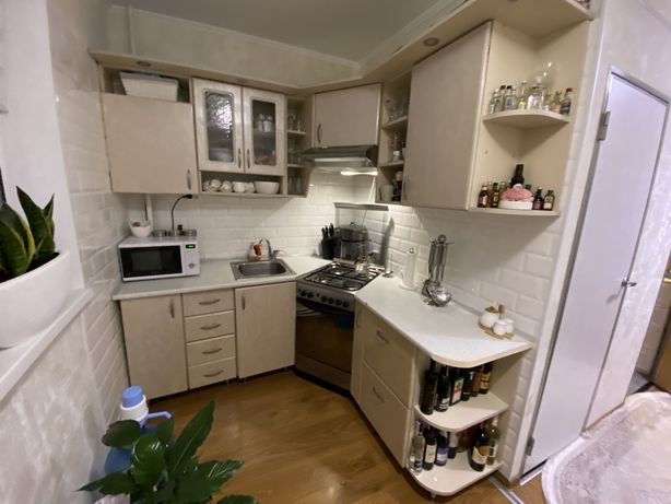 Глянцева кухня