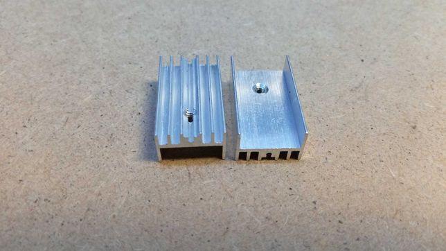 Радіатор алюмінієвий 25х15х10, під транзистор TO-220.
