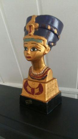 Продам статуетку царицы Нефертити