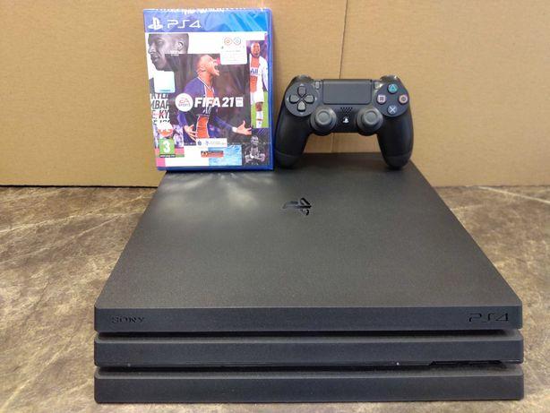 PS4 Pro 1TB, pad, okablowanie, FIFA 21
