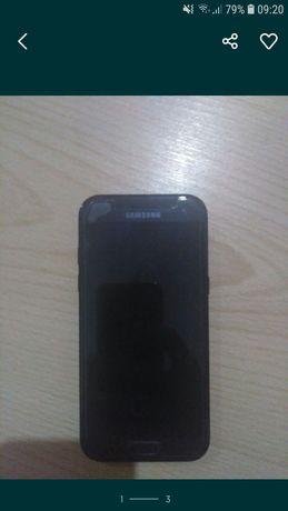Samsung a5 2017 .