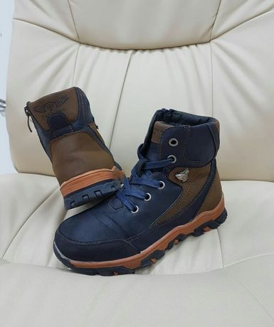 Теплые ботинки демисезон на мальчика р. 32, по стельке 20,5 см