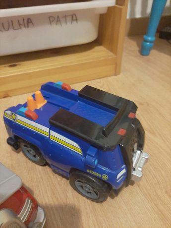 Carros patrulha pata