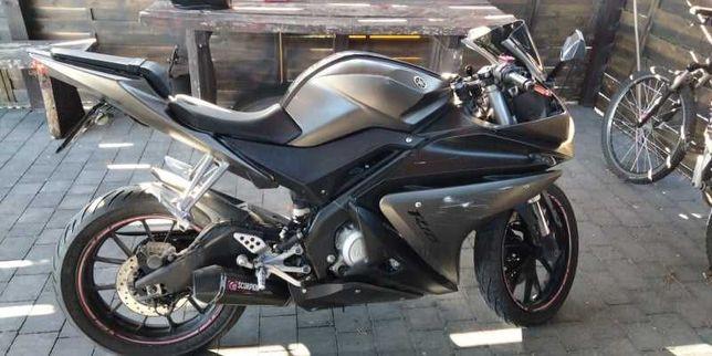 Motor Yamaha yzf r125