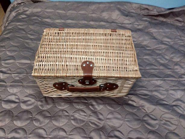 Koszyk- zestaw piknikowy