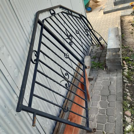 Poręcz,  barierka schodów