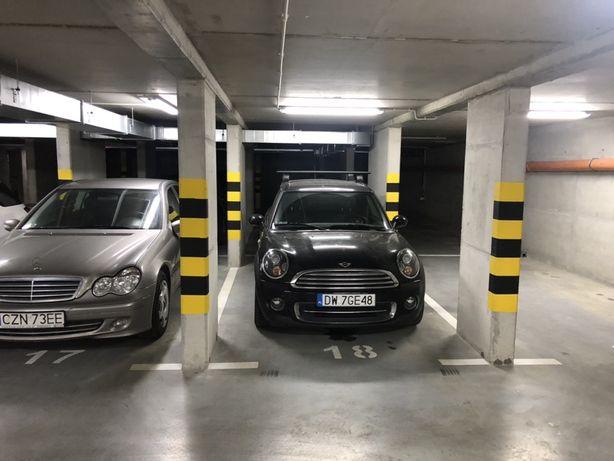 Miejsce parkingowe garażowe ul Opolska 21. Wroclaw.