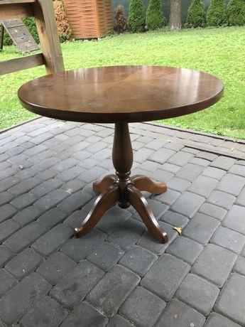Drewniany stół zabytkowy