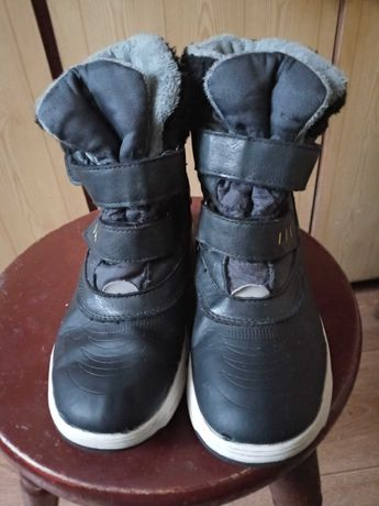 Sprzedam buty zimowe chłopięce 35r i 36r