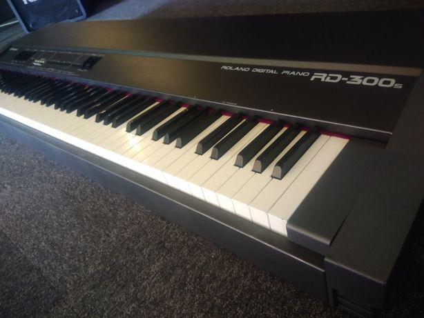 Roland RD300S Piano de 88 Teclas Hammer Action