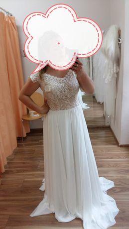 Suknia Ślubna , Muślinowa