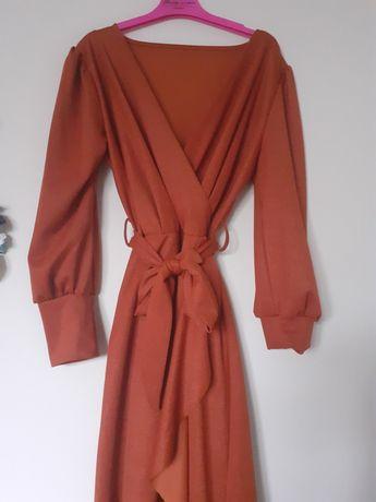Elegancka sukienka z falbanką midi rozm. uniwersalny, kolor:rudy/zloty