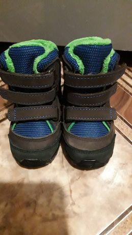 Продам ботиночки Adidas.  Новые