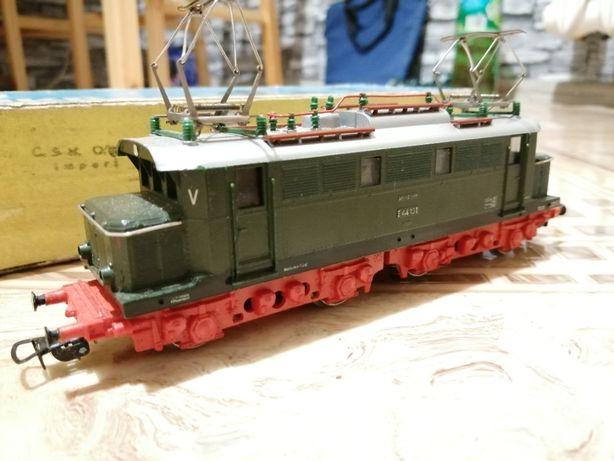 Lokomotywa PIKO H0 model E44 DR 5/6201