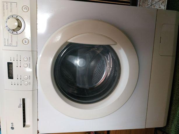 Продам пральну машину (потребує заміни барабану). 800 грн, торг.