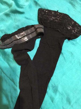 Чёрные женские чулки на силиконовой основе.