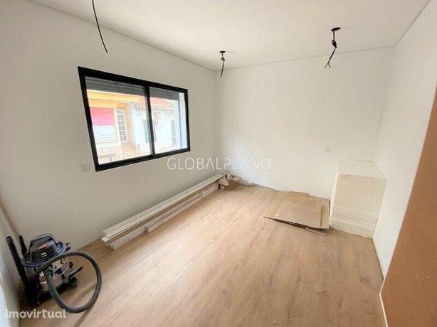 Apartamento T0 novo no centro de Portimão