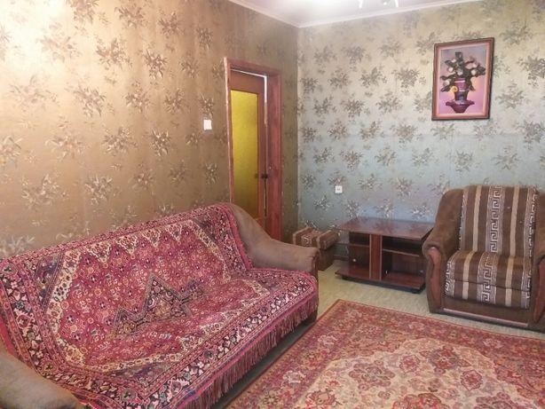 Сдам 2х комнатную квартиру на Выставке!