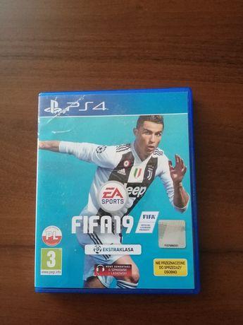 FIFA 19 ps4 polska wersja