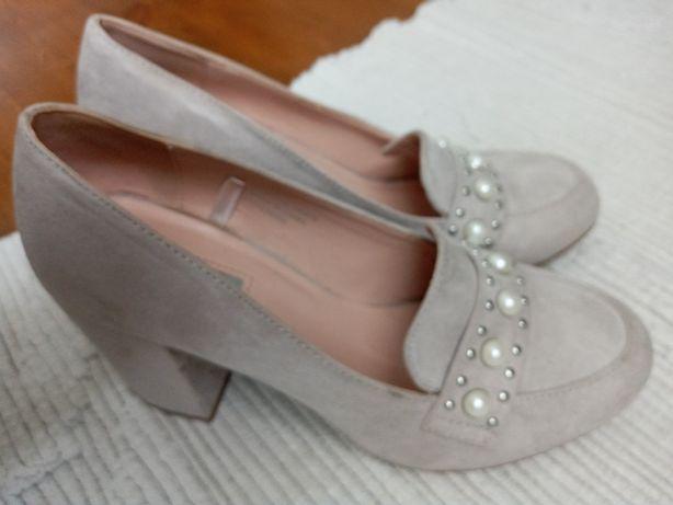 Продам туфлі primark