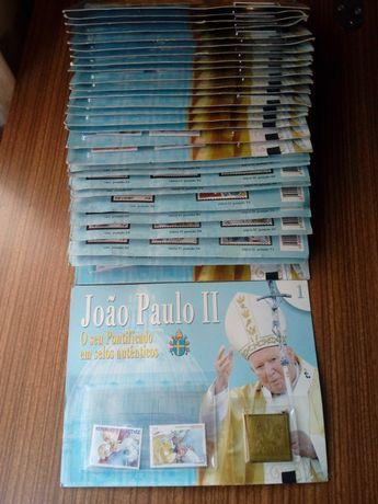 Selos autênticos novos com banho a ouro do Papa João Paulo Il