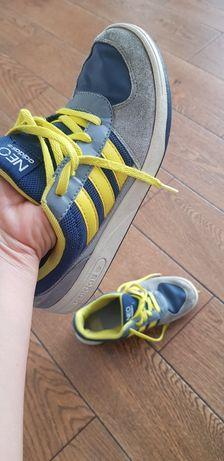 Adidas Neo r. 35,5