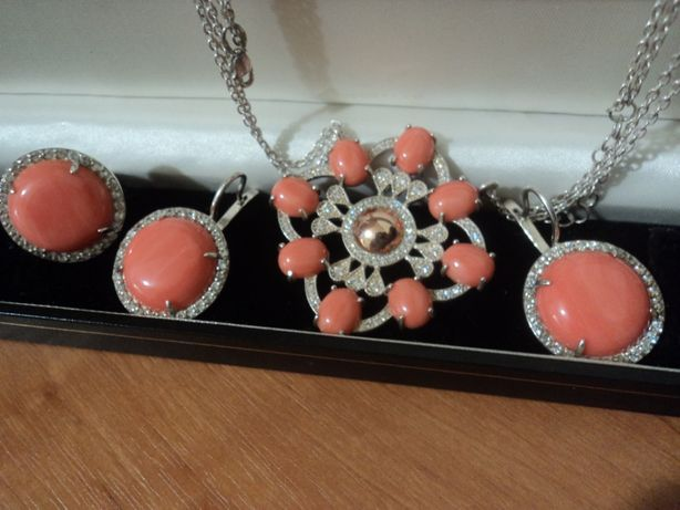 Кораллы В Подарок