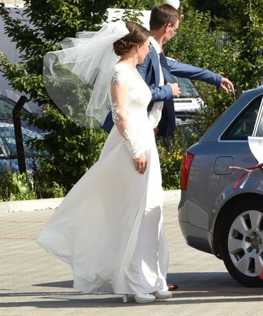 Suknia ślubna, welon + pokrowiec