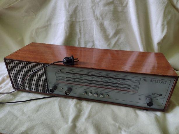 Radio kolekcjonerskie UNITRA Diora Śnieżnik DMT-410