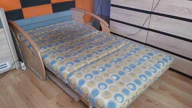 Łóżko składane + 2 pufy