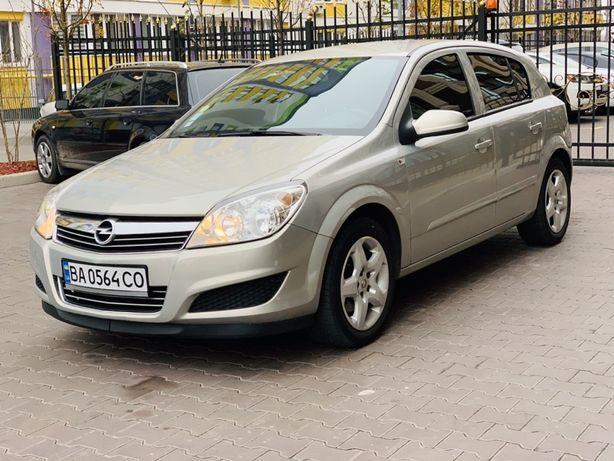 Opel Astra H 1.4 бензин