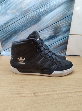 Adidas Hard court