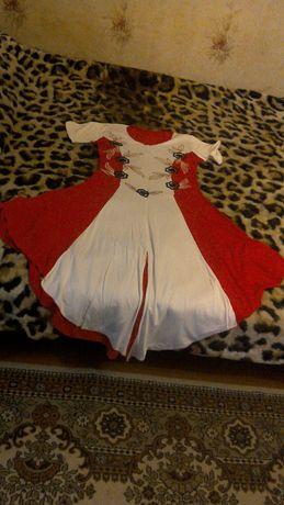 Плаття  сукня  .