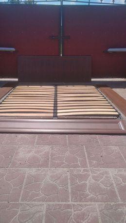 Кровать двуспальная с ортопедическими ламелями