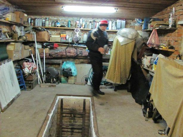 Покупаем  металлолом из Гаражах, Вывозим  гаражный хлама