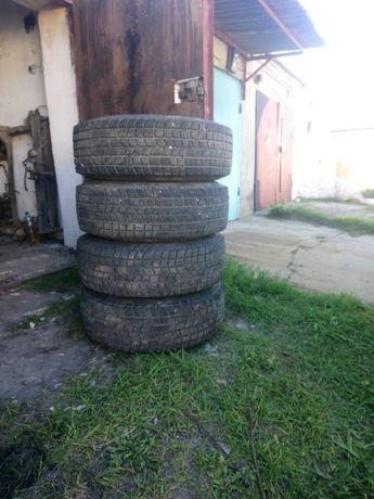 Продаю комплект колес в сборе от Опель Фронтера А зимние 245х70х16