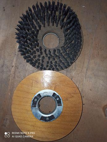 Escovas rotativa / giratória para aparelho lavador