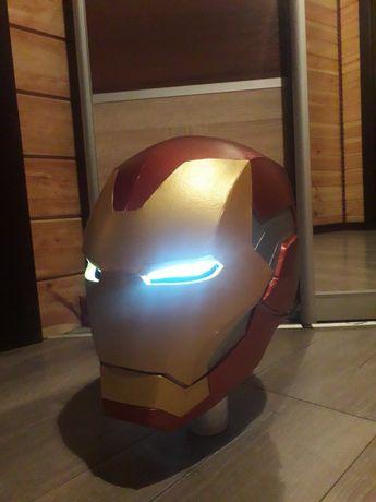 Шлем Железного человека из фильма Мстители: Финал