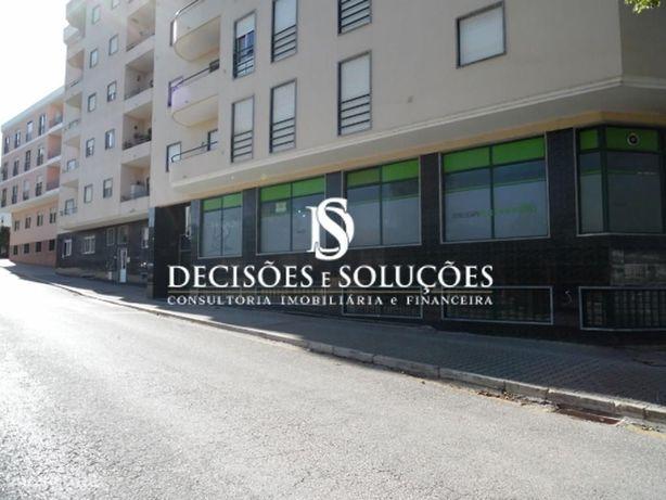Loja, 153 m², Lourinhã e Atalaia