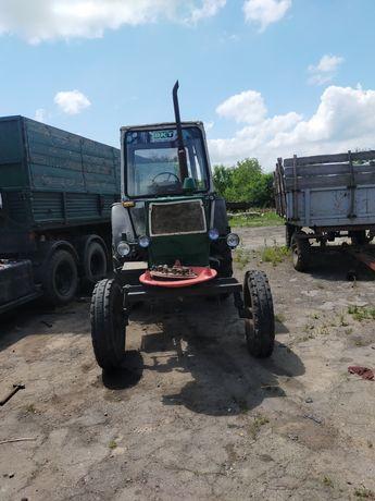Трактор ЮМЗ 6кл .