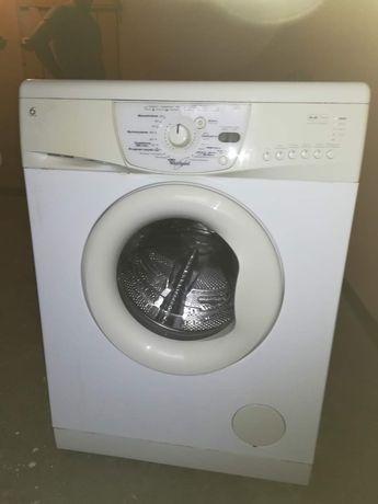 Pralka Whirlpool sprawna 5 kg