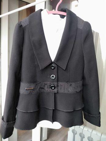 Пиджак школьный черный на девочку в школу 8-10 лет