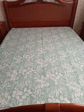 Покрывало на кровать размер 200 х220  английской фирмы English Home .